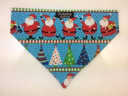 Bandanna- Santa under the Christmas Tree
